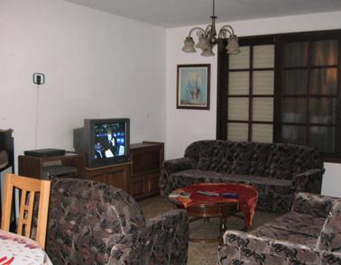 הסלון בדירה בכפר סבא -