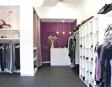 חנות בגדים – קו נקודה -