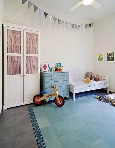חדר הילדים כאשר נכנסנו לדירה כמשפחה צעירה. זו היתה נקודת ההתחלה. צילום: אילן נחום
