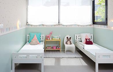 הנה הקריטר בחדרן של שתי אחיות תל אביביות, בת 6 ובת 4.5 צילום: שי אפשטיין