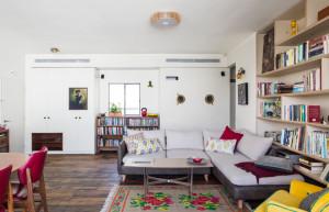 הדירה ברחוב צבי ברוק, רחוב שקט בלב תל אביב. הדירה 102 מר שעברה שיפוץ קומפלט, בעלת ארבעה חדרים, שני חדרי רחצה ופינת עבודה.